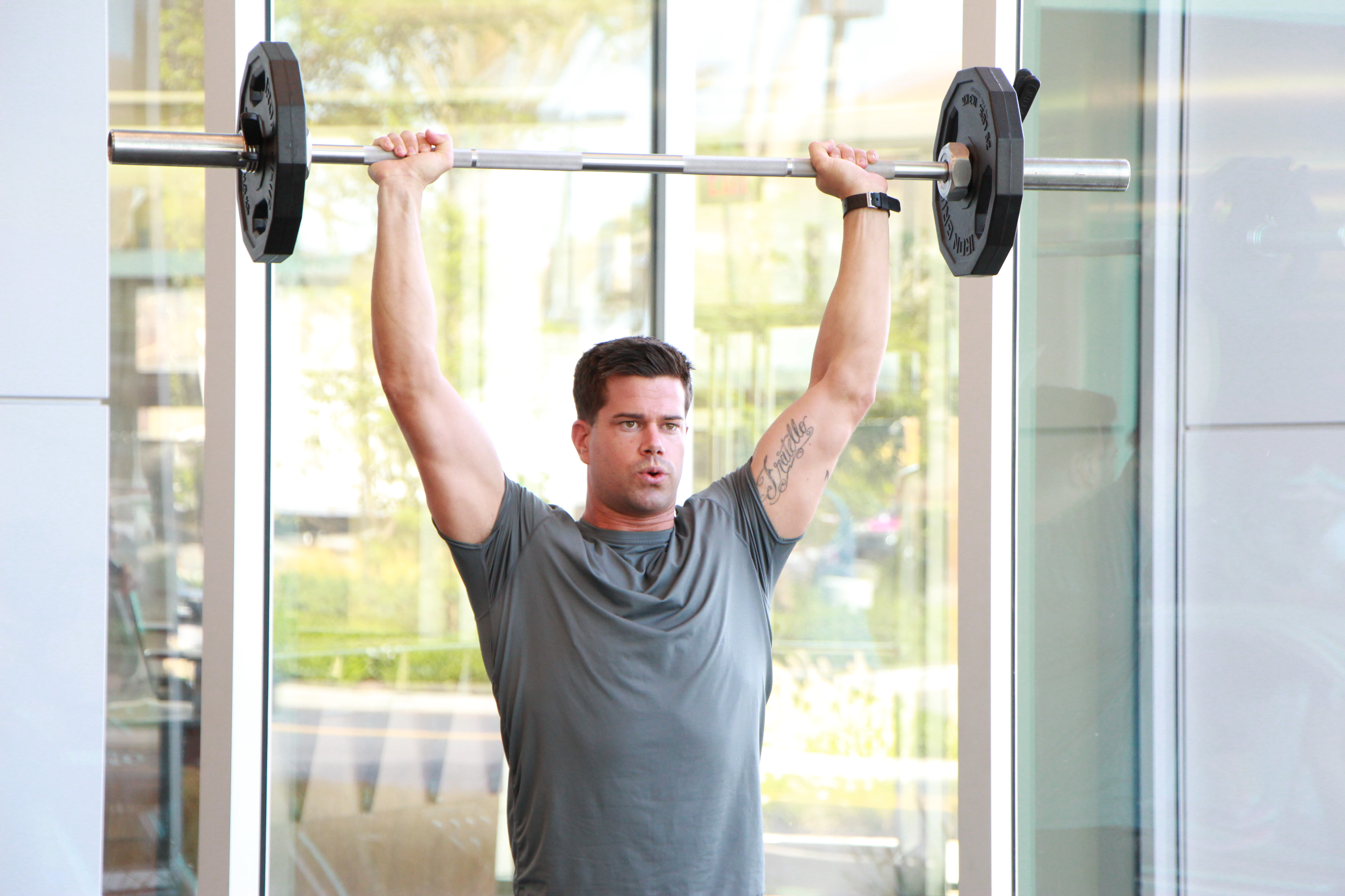 A Shoulder Press With