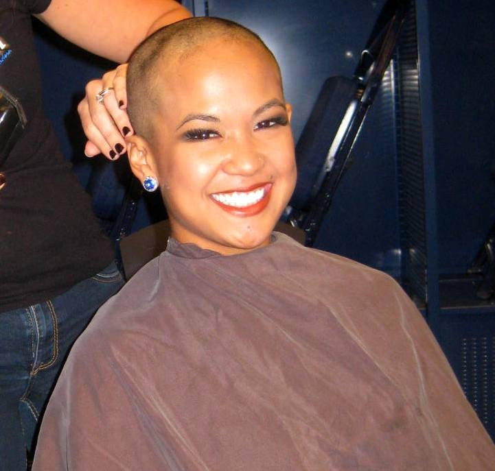Indianapolis Colts cheerleader Crystal shaves head for fight against cancer